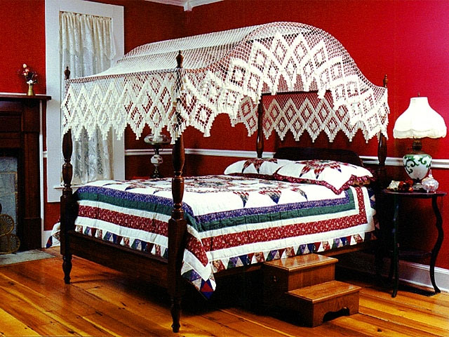 Surprise AZ heirloom bedding